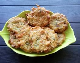 Bakwan Teri Nasi (Menu Makanan Balita)