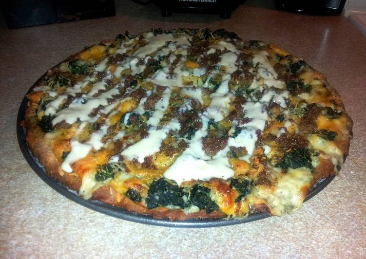 Chicken Alfredo Spinach Pizza