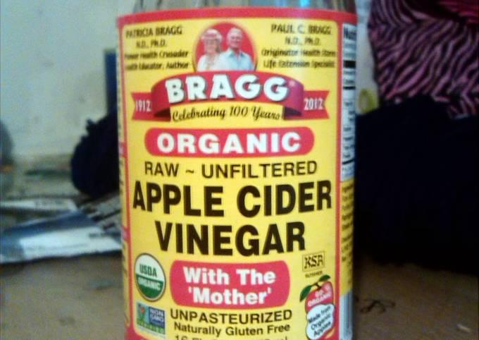 braggs Apple cider vinegar drink