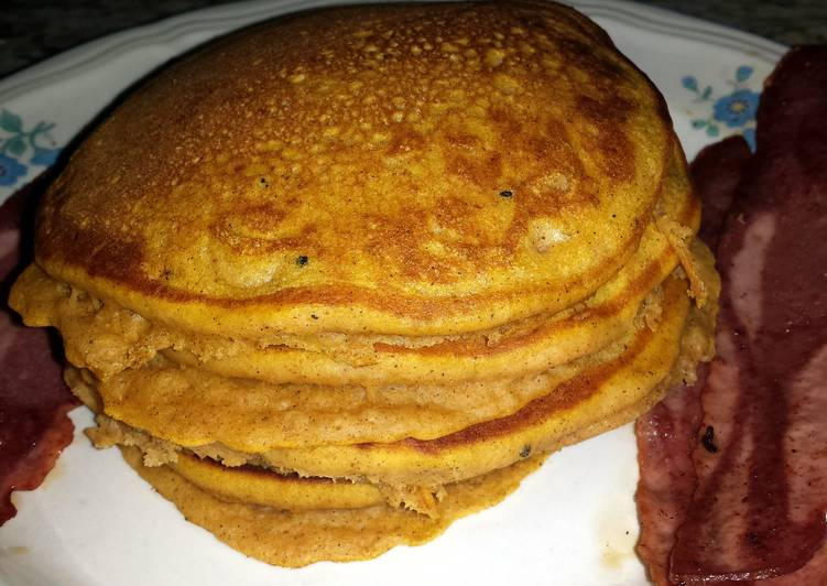 Steps to Make Quick Fluffy Pumpkin Pancakes