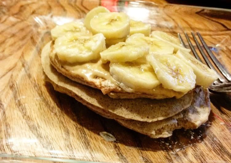 Peanut Butter Banana Protein Pancakes