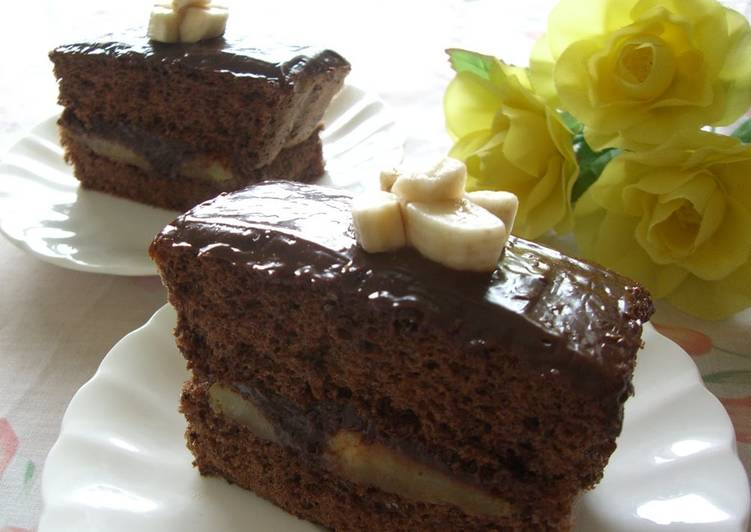 Rum Banana Chocolate Cake