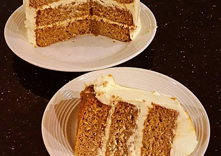 Salted Caramel Apple Layer Cake with Cinnamon Marscapone Cream Frosting