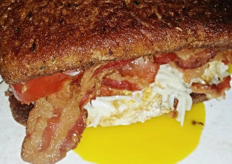 SugaMamas French Toast Sandwich