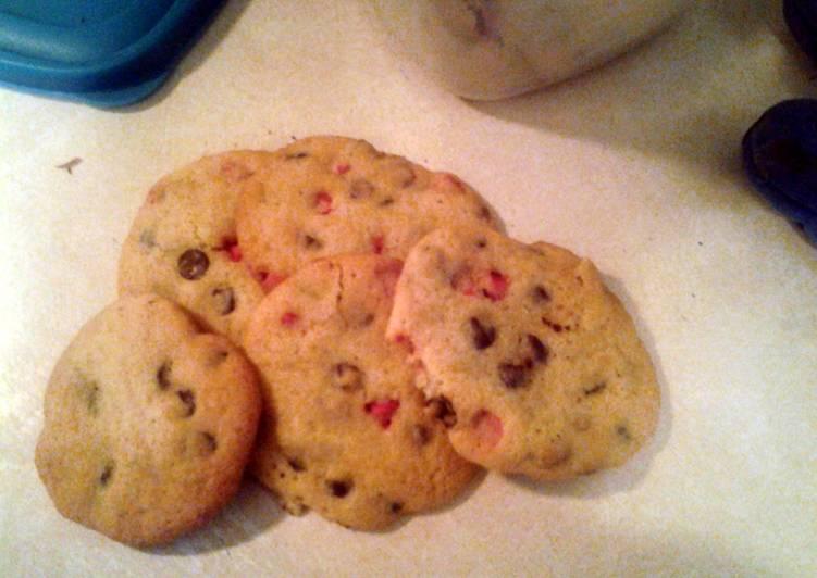 Dark chocolate and cherry chip cookies
