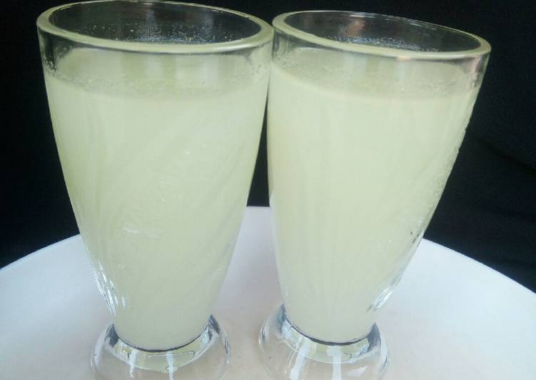 How to Make Perfect Ginger Limeade