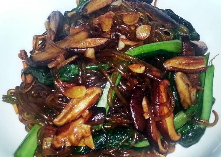Stir fried Korean noodle