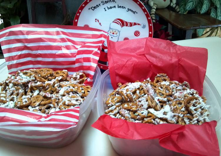 How to Prepare Yummy Becky's easy Holiday pretzels