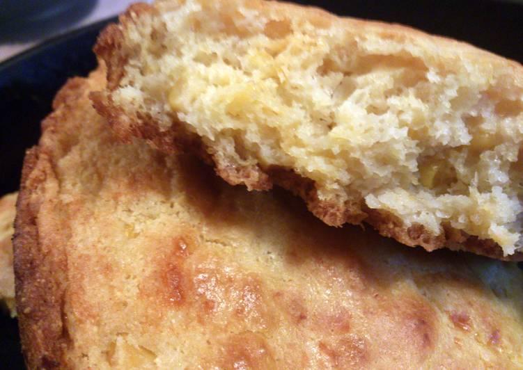 Cornbread moist and cheesy