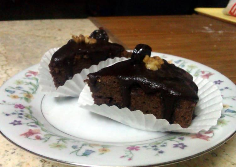 cherry & Walnut Brownies