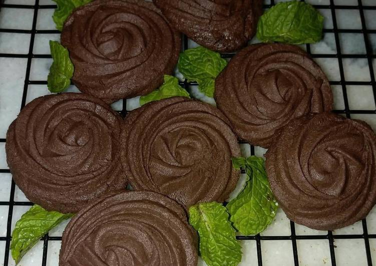 Living Greener for Better Health By Eating Superfoods Milk Chocolate Cookies