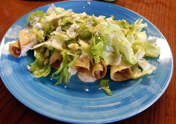 chicken flautas (tacos dorados)