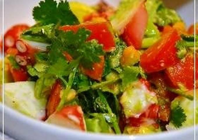 Simple Way to Prepare Speedy Octopus, Avocado, and Tomato Salad with Cilantro