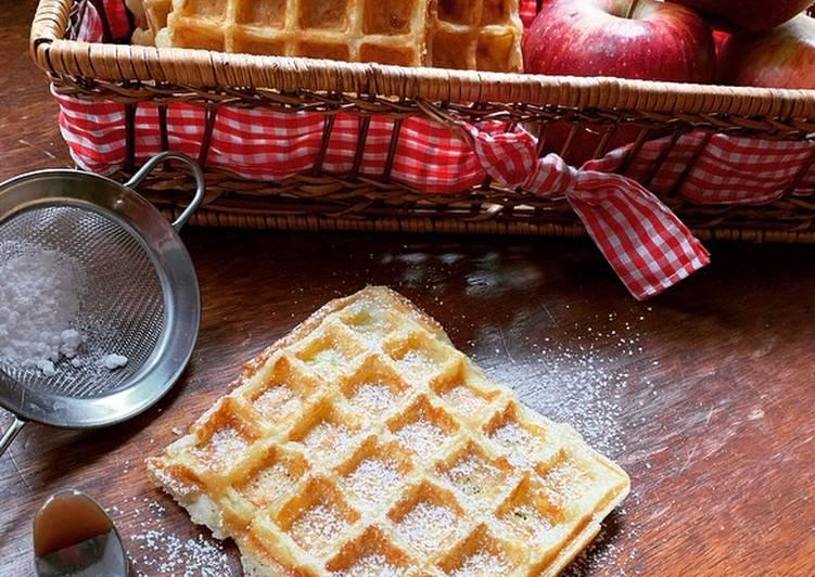 Les Meilleures Recettes de ☆Gaufres aux Pommes et Caramel au beurre salé☆