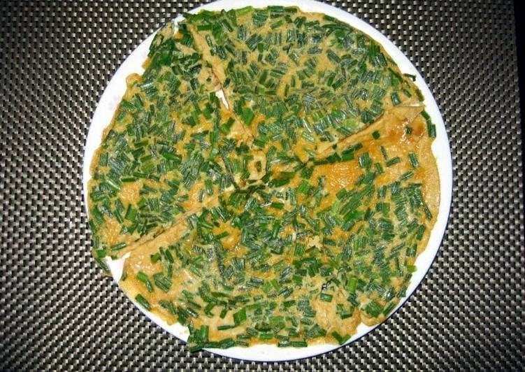 Recipe: Yummy LG CHIVE OMELETTE
