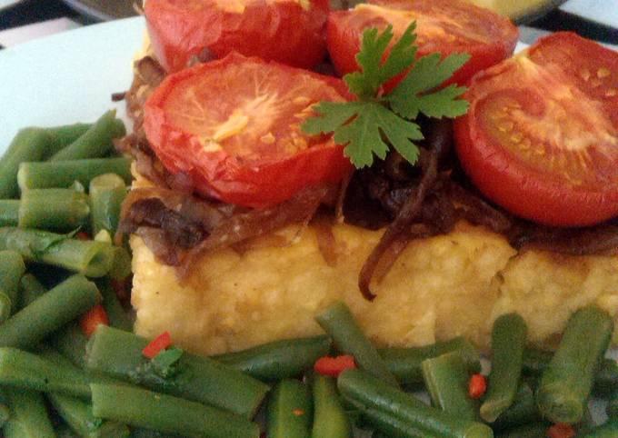 Vickys Tomato & Onion Polenta Cake w Bean Salad, GF DF EF SF NF