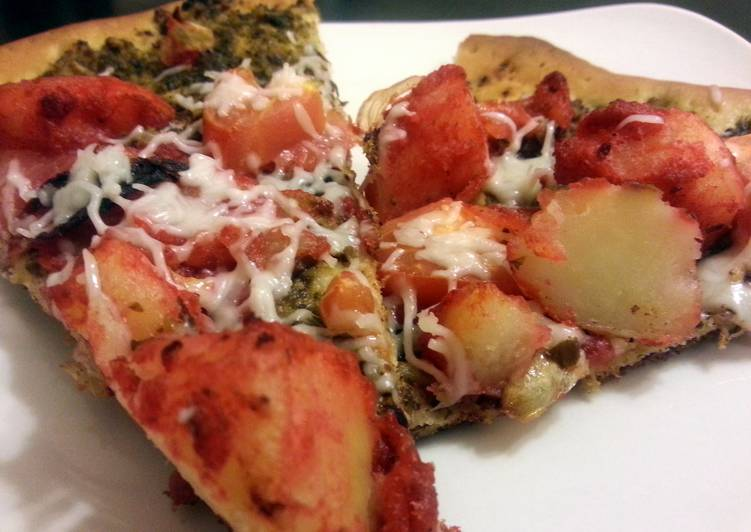Tandoori potato pizza