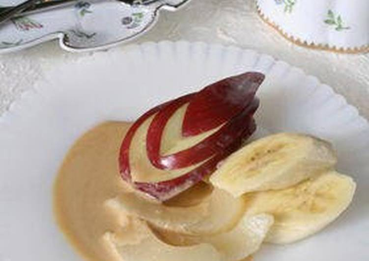 Fruit with Cream Cheese and Caramel Sauce