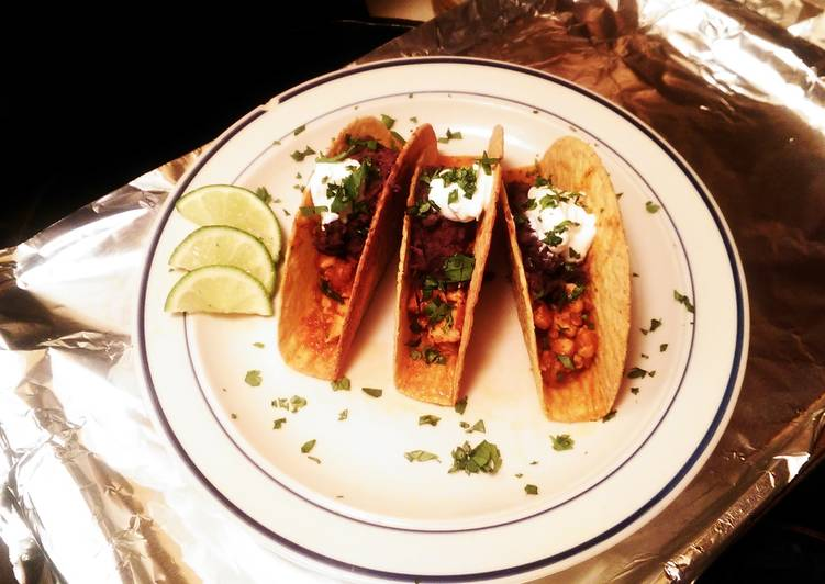 Easiest Way to Prepare Any-night-of-the-week Chicken Adobo Tacos