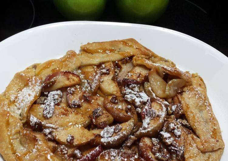 Harvest Apple Cinnamon Tart