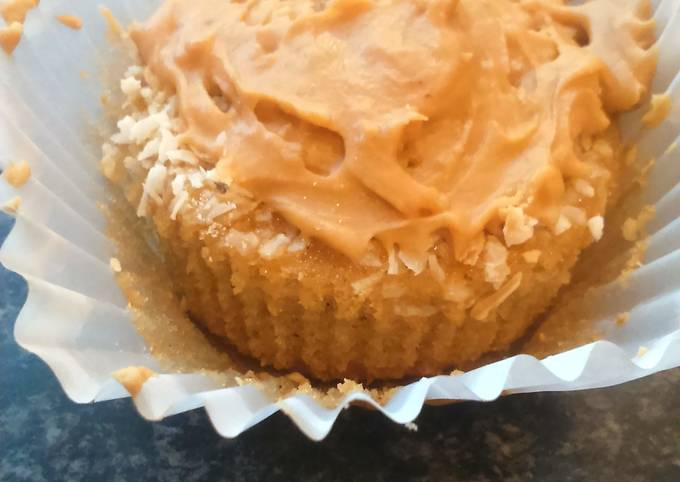 Coffee and Coconut Cupcakes