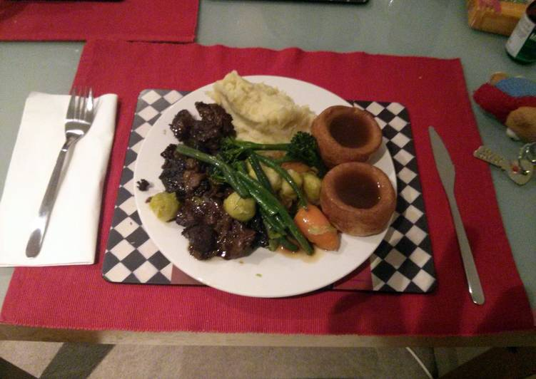 Beef in Guinness with celeriac purée,Yorkshire pudding and veggies