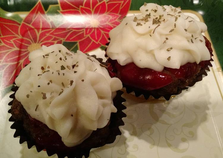Mini Meatloaf Cupcakes with Sweet and Spicy Sauce