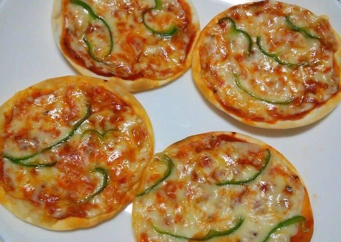 Quick Gyoza Wrapper Pizza