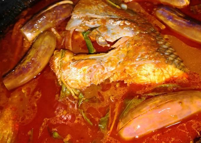 Masak asam pedas kepala ikan jenahak