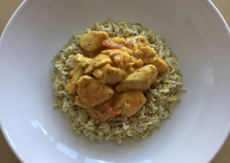 Chicken curry with brown rice