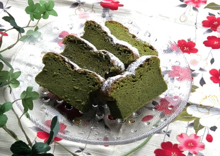 How to Make Perfect White Chocolate and Matcha Soft Cake