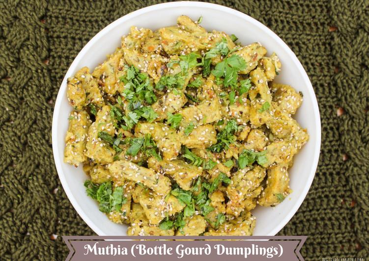 Muthia (Bottle Gourd Dumplings)