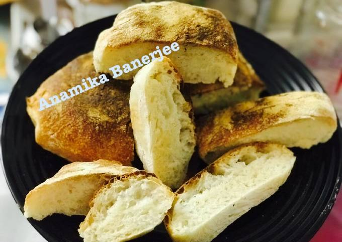 Italian Ciabatta Bread (No Knead)