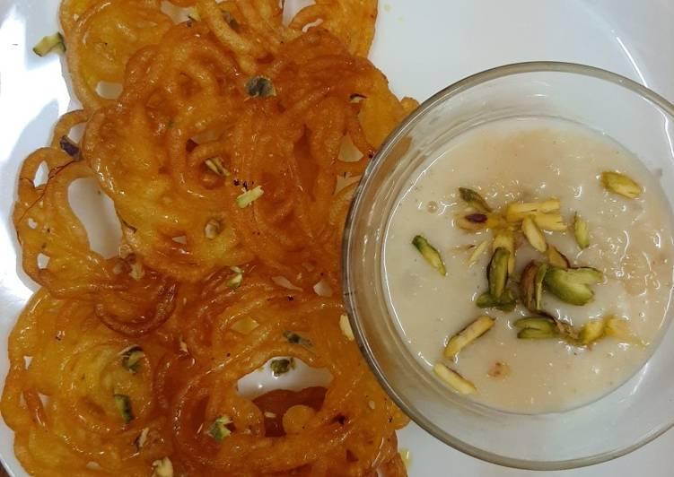 Jalebi with Rabri 😊(indian sweet dish) #mycookbook #cookpad