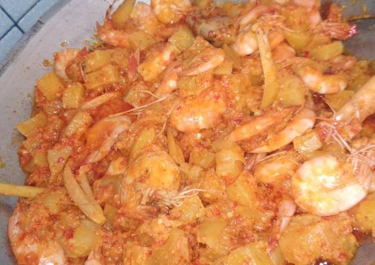 Bagaimana Membuat Sambal goreng kentang & udang yang Bisa Manjain Lidah