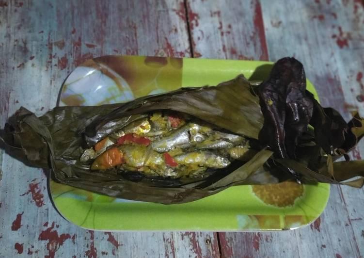 Pepes Ikan Sawah