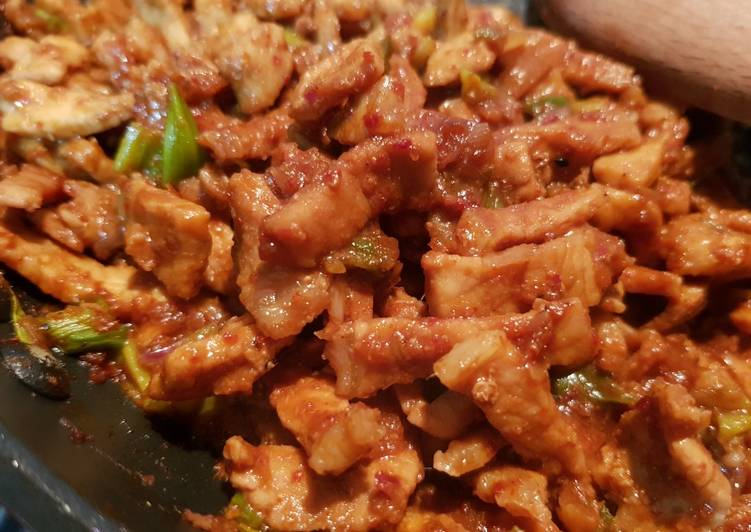Try Using Food to Elevate Your Mood Stir Fry Spicy Pork