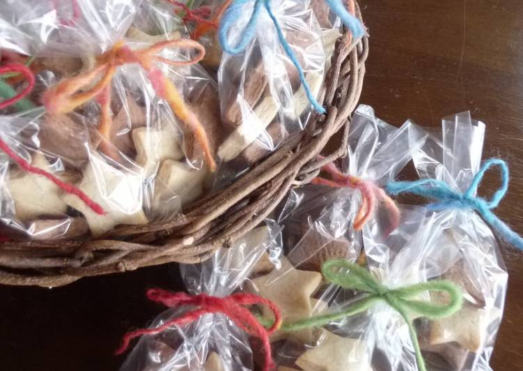 Star-Shaped Macrobiotic Cookies