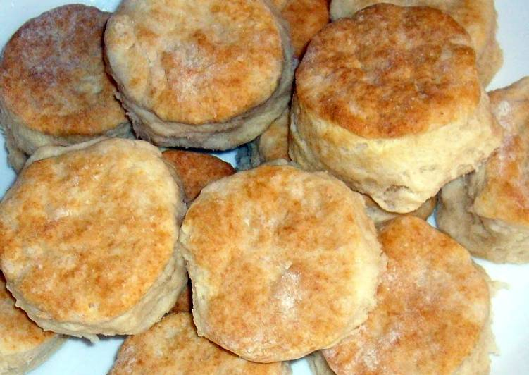 Simple Way to Make Homemade Southern Style Biscuits