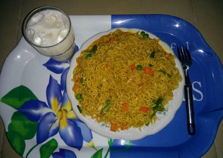 Indomie and veggies