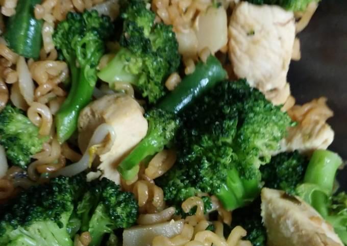 Easy chicken veggie stir fry