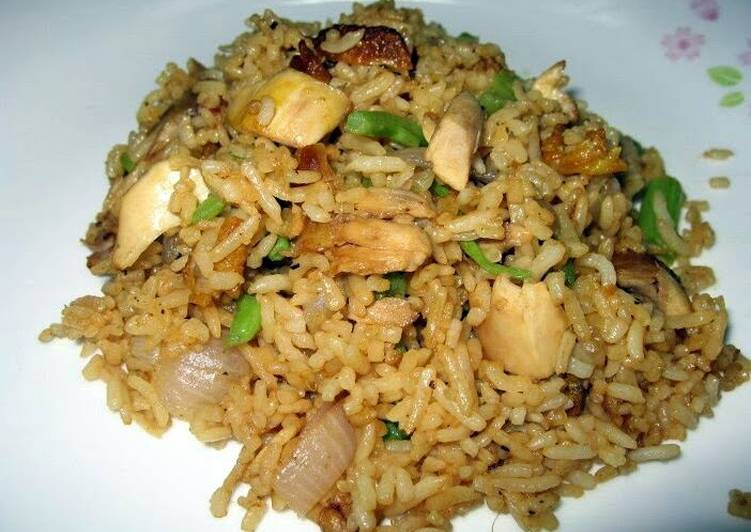 Fried Rice With Roasted Chicken