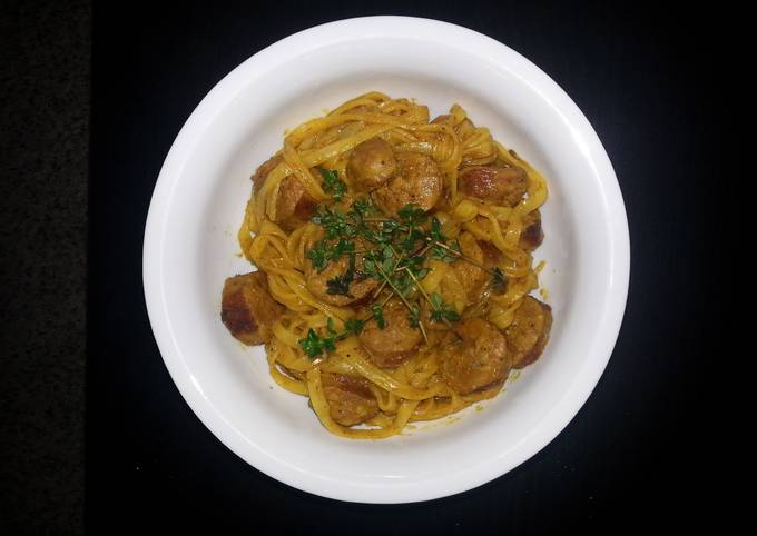 Recipe: Perfect Rice noodle with curry sauce and sausage