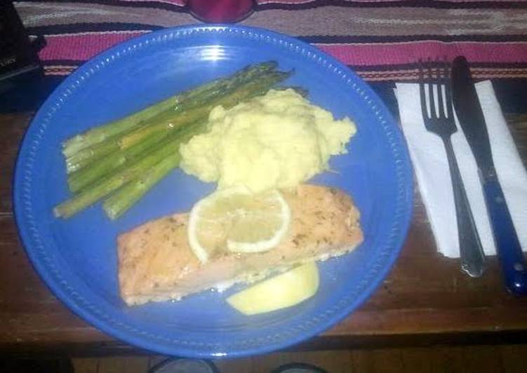 Recipe: Perfect salmon and asparagus deliciousness x)