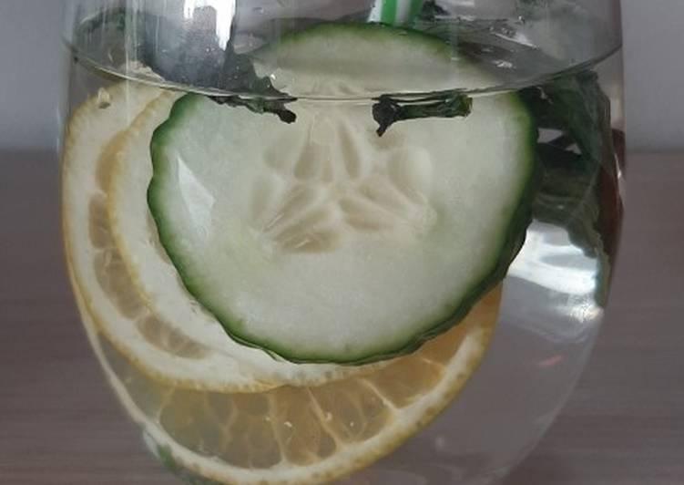 Cucumber Orange Detox Water