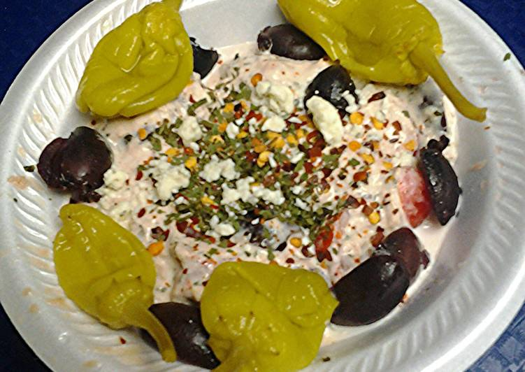 Easy Homemade Tuna and kalamata olive salad Recipe