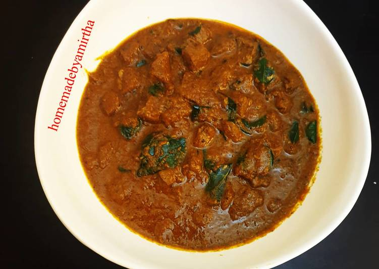 30 Minute Recipe of Homemade Aatu Iral Kulambu / Mutton Liver Kuzhambu