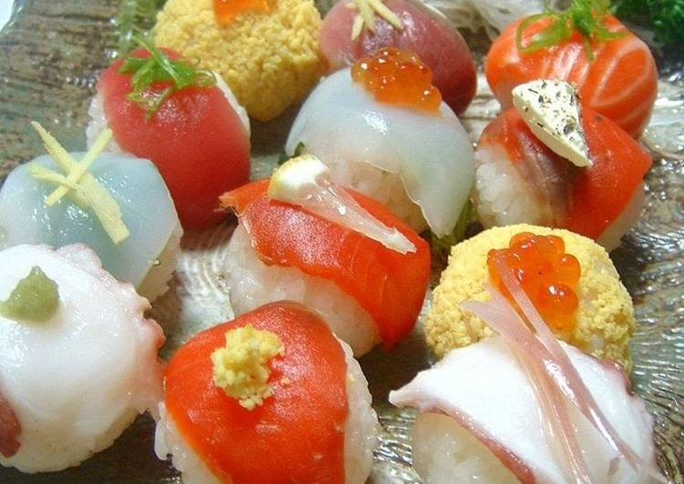 Recipe of Award-winning Simple Temari Sushi Using a Pack of Sashimi