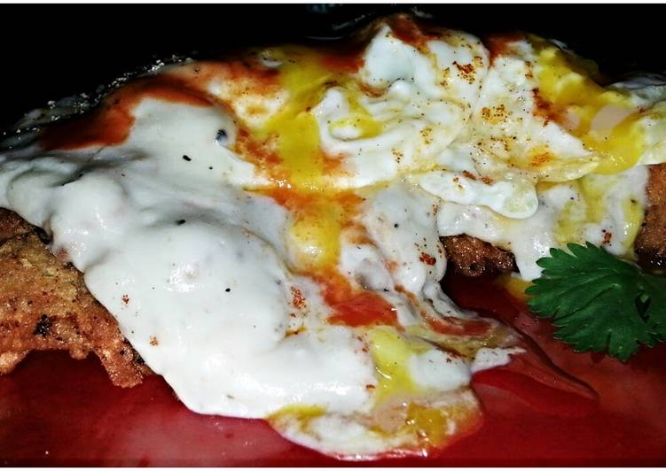 Easy Homemade Mike's Crispy Chicken Fried Steak & Eggs Recipe