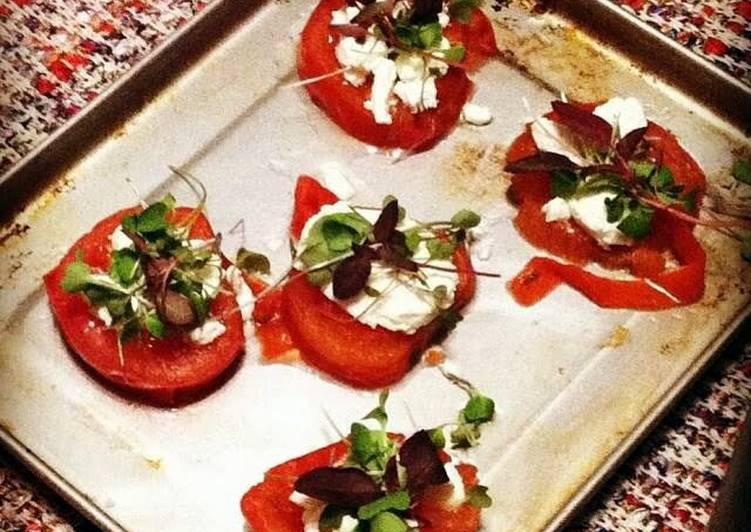 Tomato and Goat Cheese Bites